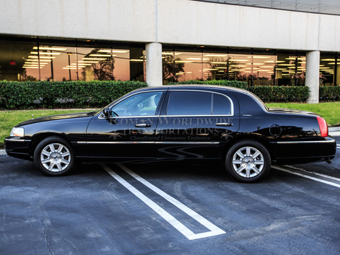 4 Passenger Town Car Service In Orange County